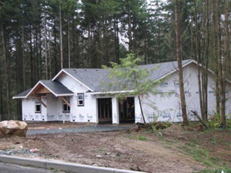 Tulalip Housing and Construction Mission Highlands homes receiving exterior work, weather protection