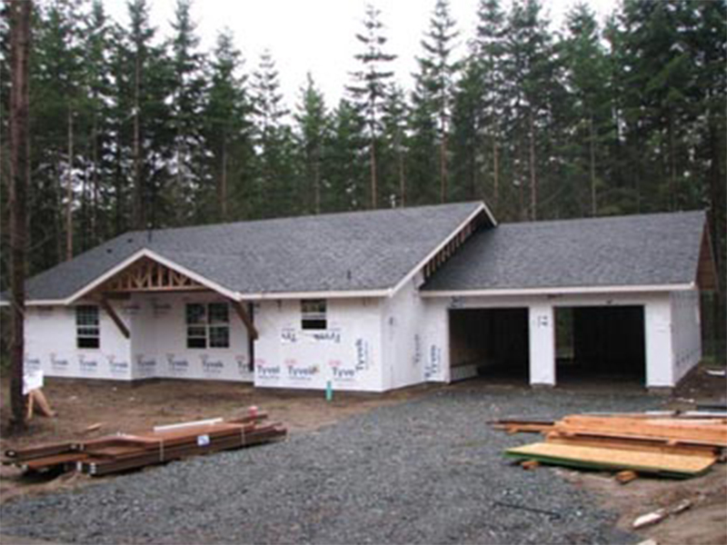 Tulalip Housing and Construction Mission Highlands nice two car garage and plot