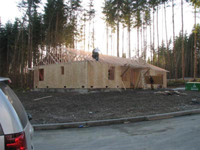 Tulalip Housing and Construction Mission Highlands roof installation